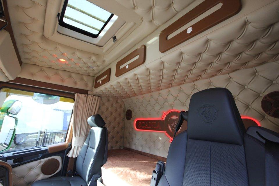 Beautiful Truck Interieur Alphen Aan De Rijn Ideas - Trend Ideas ...